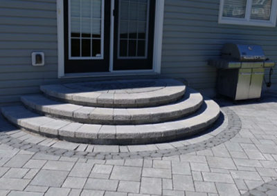 Unique round steps adds personality