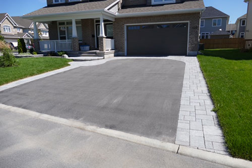 Driveways yves potvin ottawa interlock enhance your driveway with stone walkway curved stone driveway details and steps solutioingenieria Choice Image